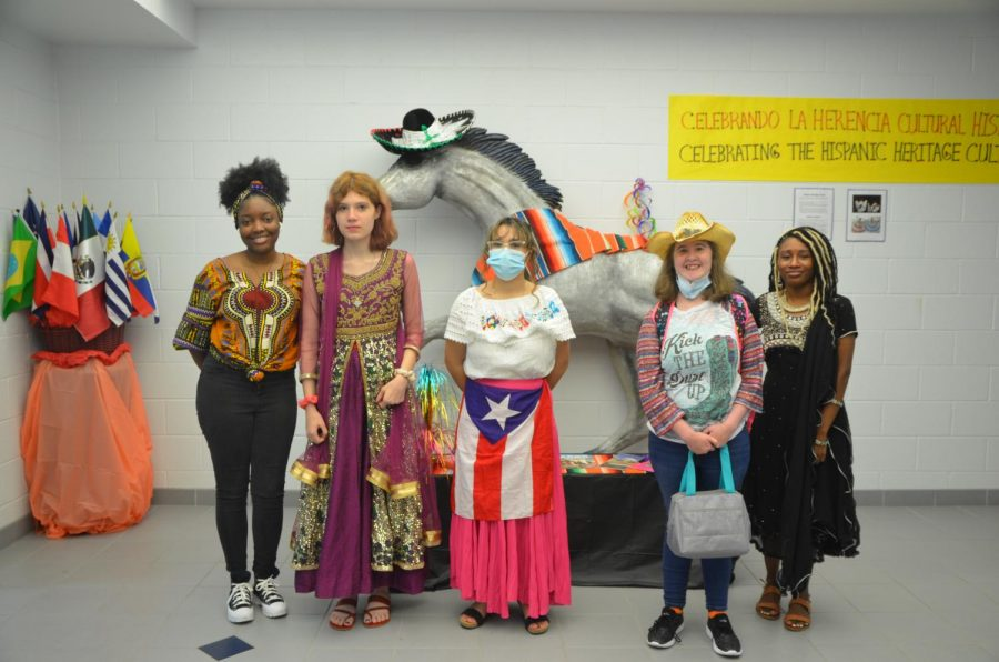 Students Celebrate Homecoming with Dress-Up Days