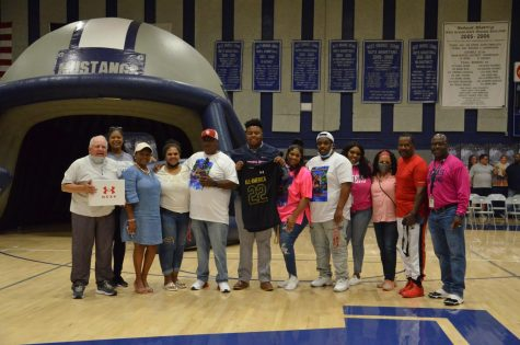 Pink Out Pep Rally Honors Hunter