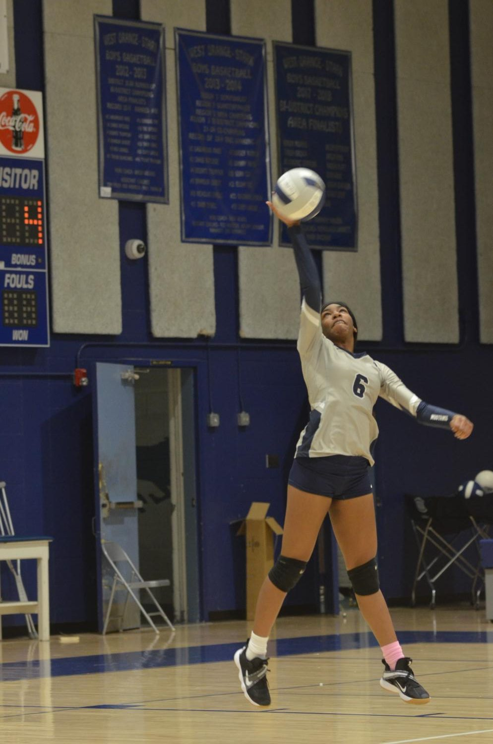 Volleyball+Team+Gives+Lumberton+a+Challenge